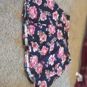 Gently used floral skirt.